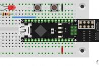 Aufbau mit zwei Schaltern an D5 und D10 und einer LED an D9